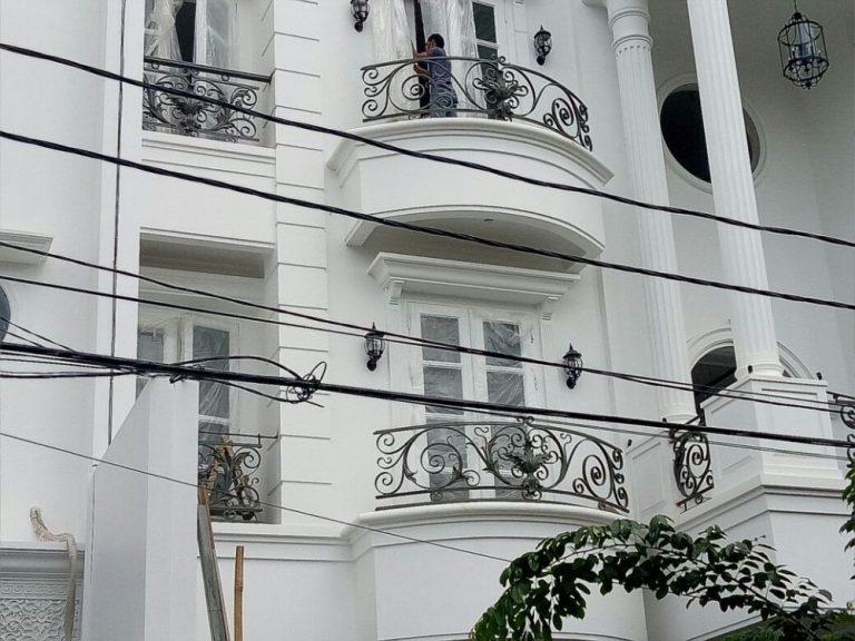 balkon-besi-tempa-minimalis