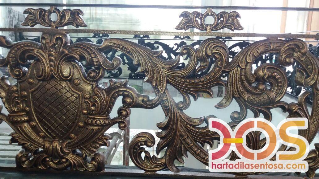 Railing Balkon Besi Tempa Klasik Mewah Modern (92)