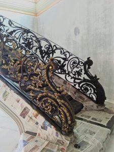 harga balkon besi tempa mewah